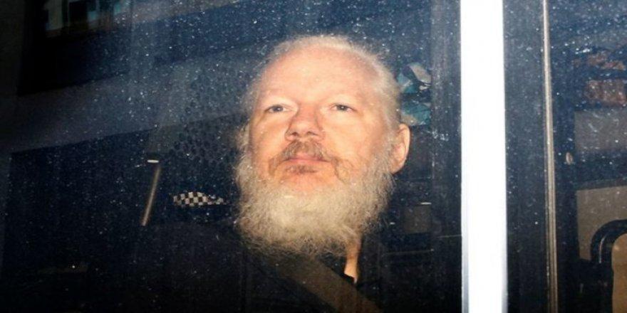 ABD, Julian Assange'ın İadesi İçin Dava Başlattı