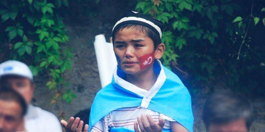Türkistanlıların Çin Zulmü Nedeniyle Dışarıda Yaşadığı Zorlu Mücadele