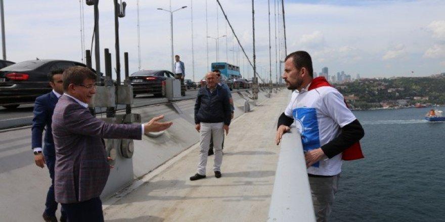 Ahmet Davutoğlu'nun Basın Ofisi: İntihar Kurgu Değil