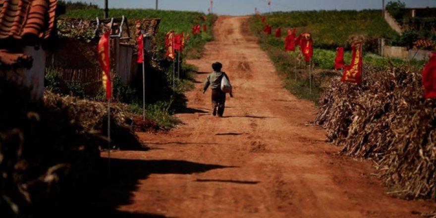 """Kuzey Kore'de 10 Milyon Kişi """"Ciddi Gıda Sıkıntısı"""" Çekiyor"""
