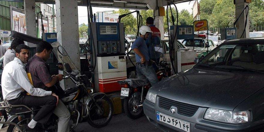 İran'dan Benzin Satışında 'Kota' Uygulamasına Geçiş Kararı