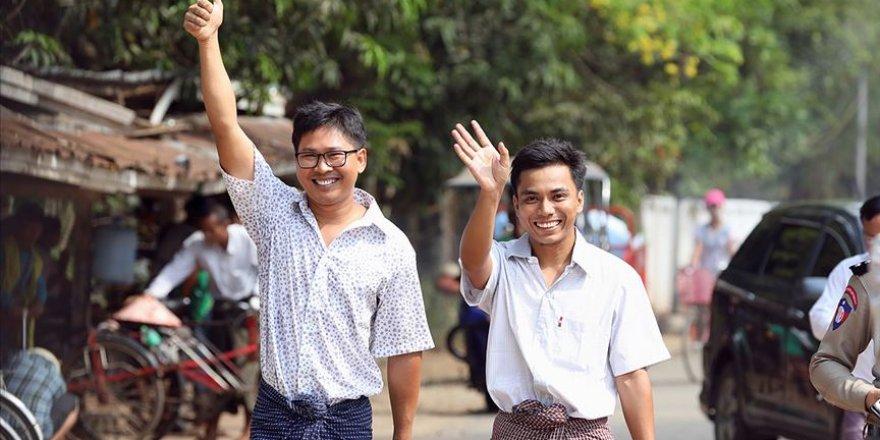 Myanmar'da Tutuklu Bulunan Reuters Muhabirleri Serbest Kaldı