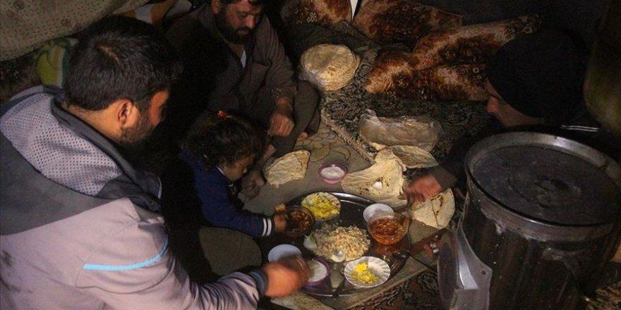 BM İdlib'de 50 Bin Kişiye Gıda Yardımını Askıya Aldı!