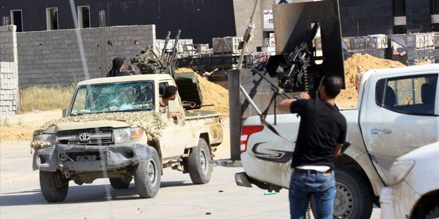 Libya'da 2 Gün Aradan Sonra Çatışmalar Yeniden Başladı