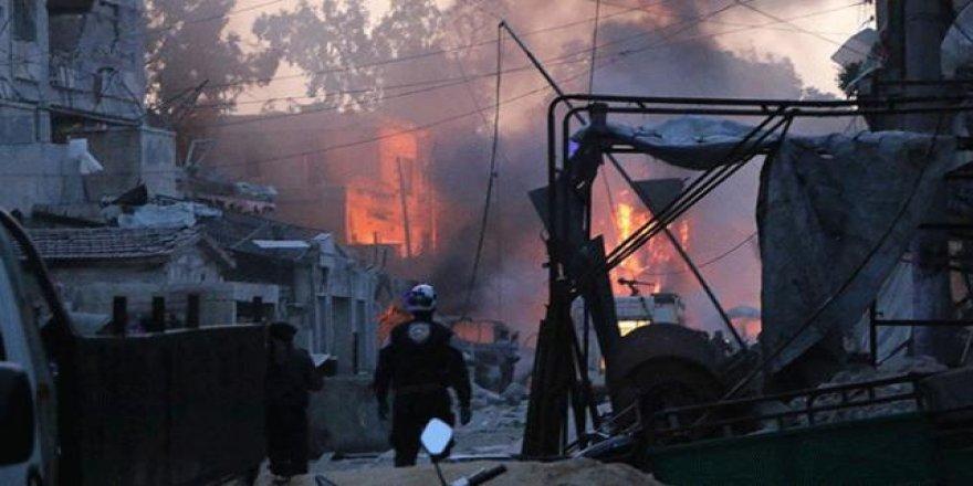 İdlib'de İftar Vaktinde Hava Saldırısı: 3 Ölü