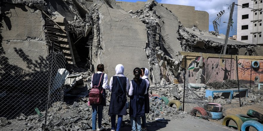 Gazze'de Okullar da İsrail'in Hedefi Oldu