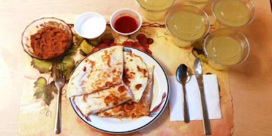 Aşırı İşlenmiş Gıdalar 'Daha Çok Yediriyor'