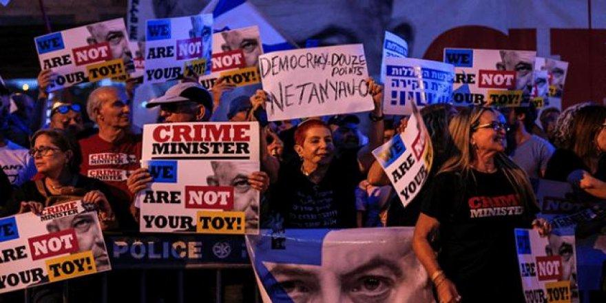 Tel Aviv'de İsrail'in Filistin'i İşgali ve Netanyahu Protesto Edildi