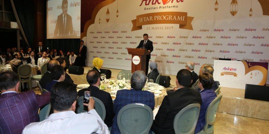 """Ahmet Davutoğlu: """"Devletin Referans Ölçüsü Adalet; Adalete Olan Güveni Tesis Etmemiz Lazım"""""""