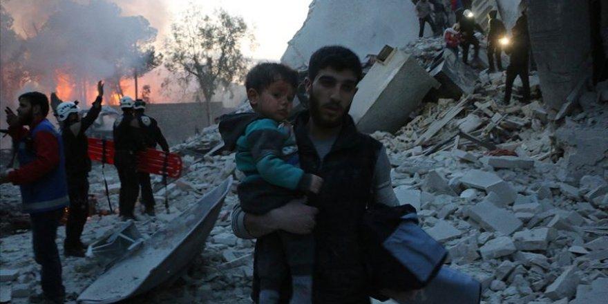 Esed Rejimi İdlib'de Yine Sivilleri Vurdu