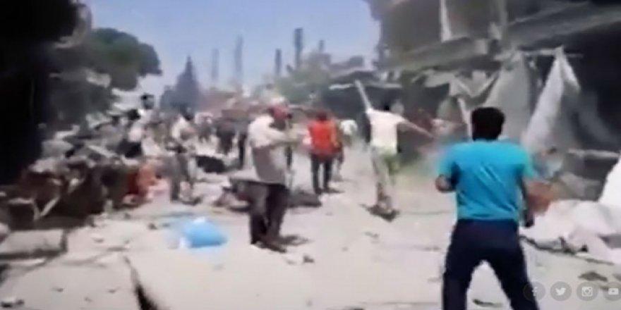 Rusya ve Esed Rejimi İdlib'de Bayram Alışverişi Yapan Sivilleri Vurdu