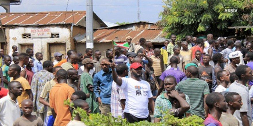 Burundi'de Fransız Medyası Karşıtı Protesto