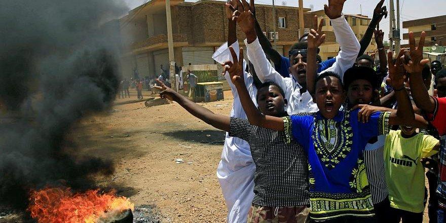 Sudan'da Sivil İtaatsizlik Eylemleri Başladı: 4 Kişi Hayatını Kaybetti