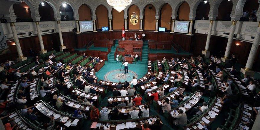 Tunus'ta İki Parti Birleşecek