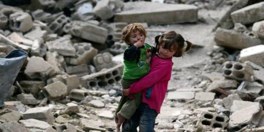 """""""Mültecileri Yoksul Ülkeler Ağırlıyor"""""""