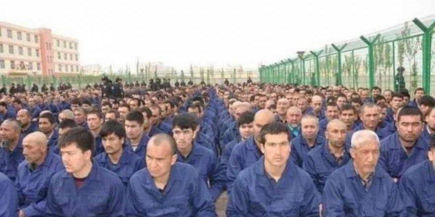 Medya, Çin'de Müslüman Uygur Türklerinin Tutulduğu Kamplara Girdi