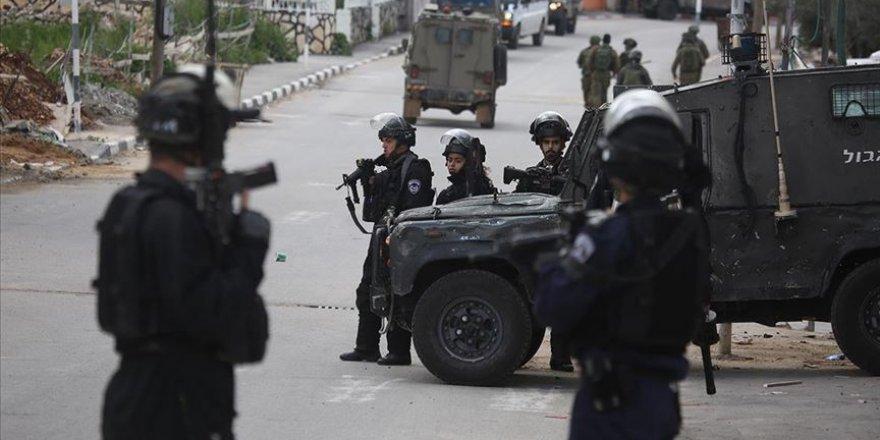 İsrail Güçleri 60 Yaşındaki Filistinliyi Katletti