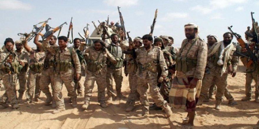 Yemen'de BAE'ye İle Hükümet Güçleri Çatışıyor
