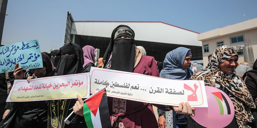 Bahreyn Çalıştayı Protesto Edildi