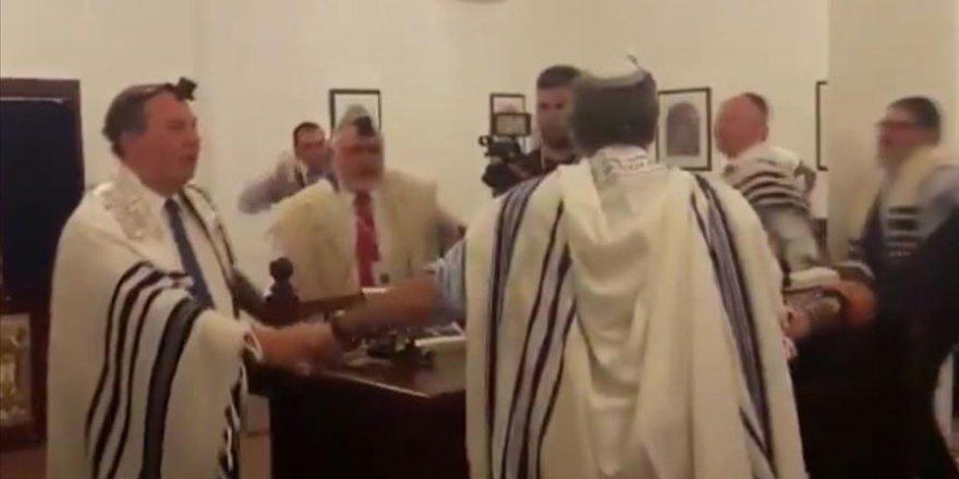 ABD'li ve Siyonist İsrailliler Bahreyn'de Talmudik Ayin Düzenledi