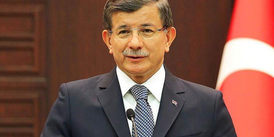 Atatürk Güzellemelerine Davutoğlu da Katıldı