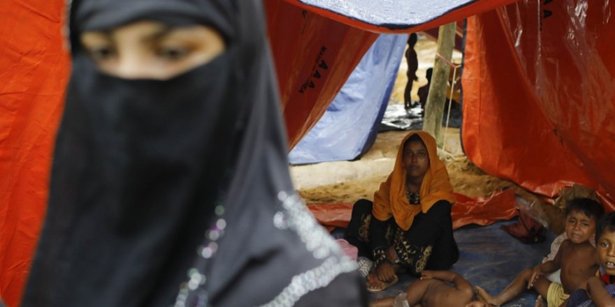 Muson Yağmurları Budist Katliamından Kaçan Arakanlı Mültecileri Zor Durumda Bıraktı