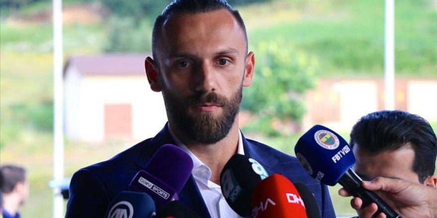 """FB'li Futbolcu Vedat Muric: """"Suriyelilerle Aynıydık ki Onların Durumları Daha Vahim"""""""