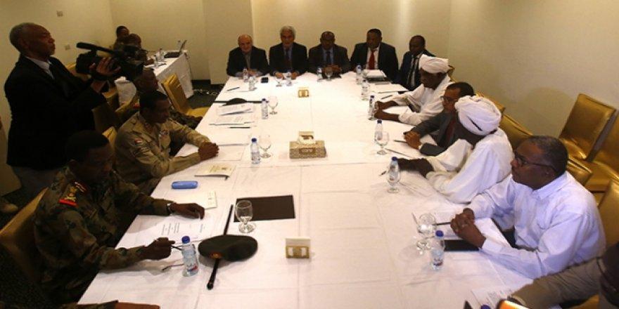 Sudan'da Nihai Anlaşma Taslağının Teslimi Ertelendi
