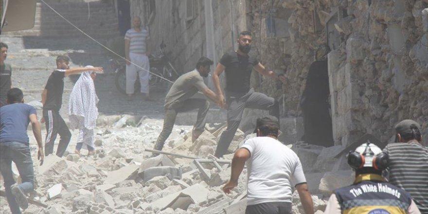 Rejim İdlib Kent Merkezini de Vurdu: 8 Sivil Hayatını Kaybetti, 35 Sivil Yaralandı