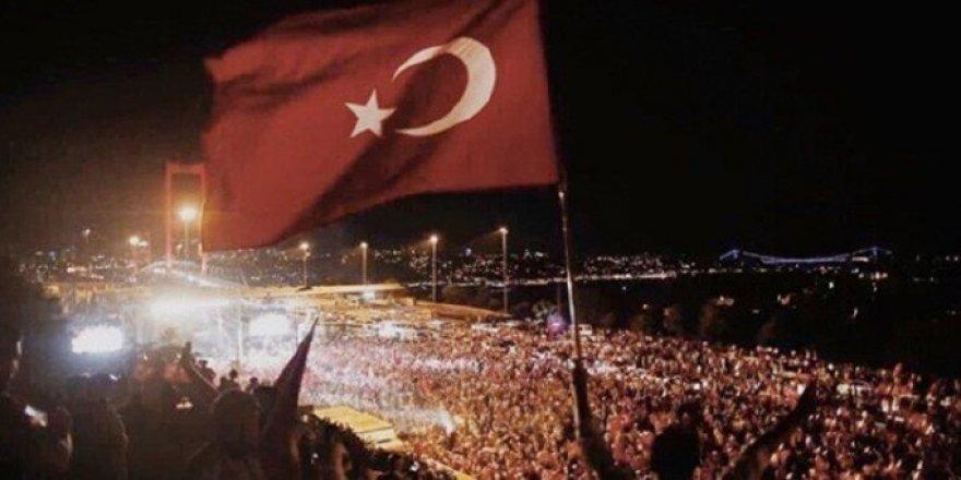 15 Temmuz'u, Türkiye'yi Adil ve Özgür Bir Ülke Yaparak Anabiliriz!