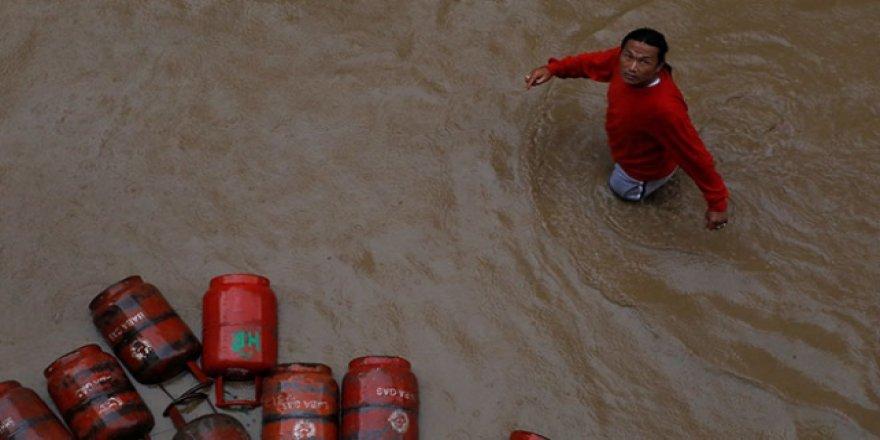 Nepal'de Sel ve Toprak Kaymaları: 78 Kişi Hayatını Kaybetti