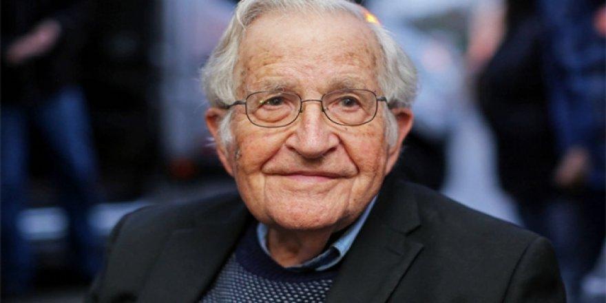 Chomsky: ABD Artık Darbeler Yapıp Rejim Değiştirecek Güçte Değil