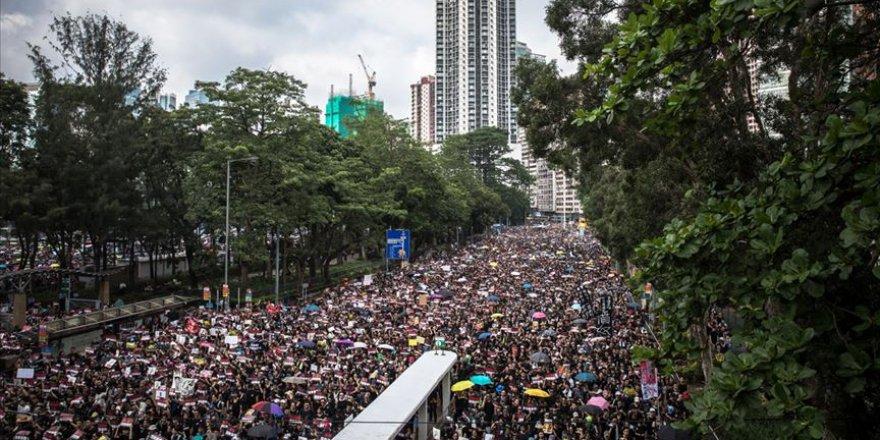 Hong Kong'da Çin'e İade Tasarısına Karşı Protestolar Hız Kesmiyor