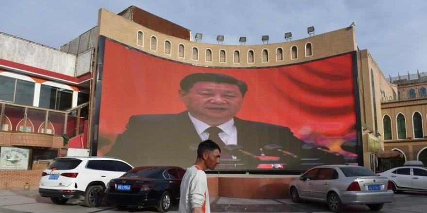 Çin Zulmüne Yeni Kılıf Arıyor: İslamı Sincan Uygurları Kendileri Seçmedi