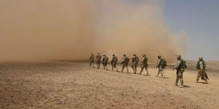 ABD Askerleri Ani Bir Kararla Irak'ın Batısındaki Anbar'dan Çekildi