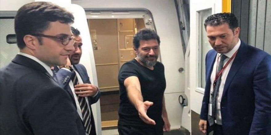 Eski Halk Bankası Genel Müdür Yardımcısı Hakan Atilla Türkiye'de
