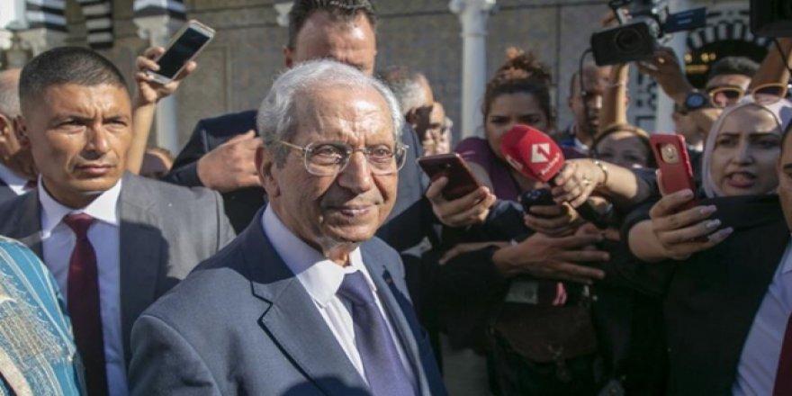 Tunus'un Geçici Cumhurbaşkanı Görevine Başladı