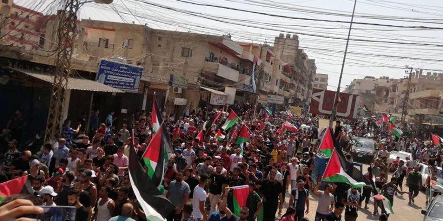 Lübnan'daki Filistin Mülteci Kamplarında Öfke Cuması