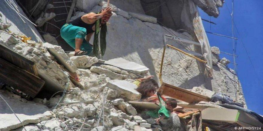 """""""İdlib'deki Rus Bombardımanı Türkiye Üzerinde Baskı İçin"""""""