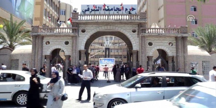 Gazze'deki Mali Kriz Üniversiteleri de Vurdu