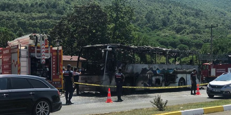 Yolcu Otobüsündeki Yangında Ölenlerin Kimlikleri Belirlendi