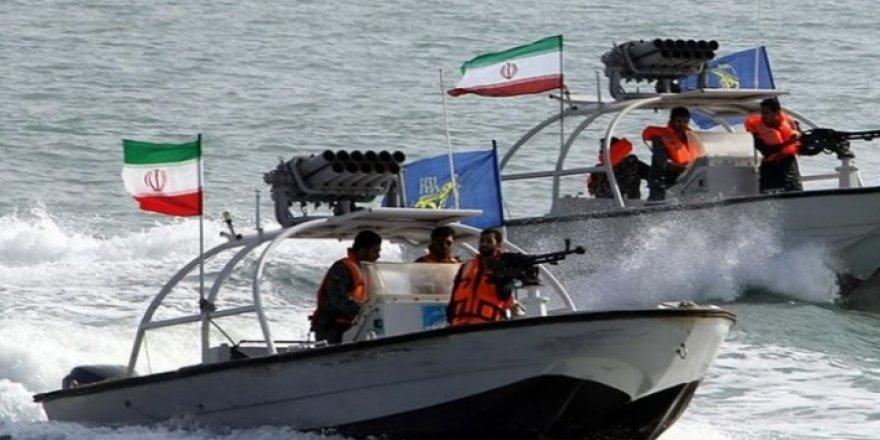 İran, Basra Körfezi'nde Yakıt Tankerine El Koydu