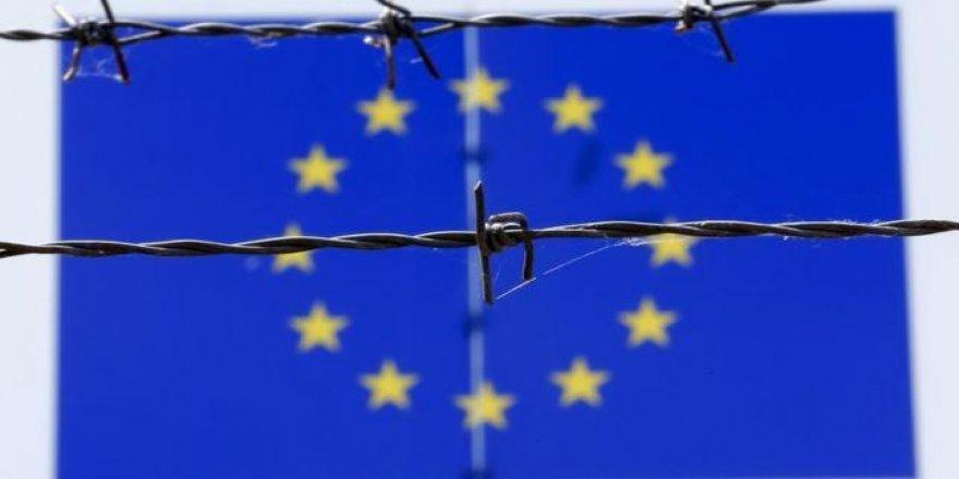 """Avrupa Birliği En Çok Göçten """"Endişeli"""""""