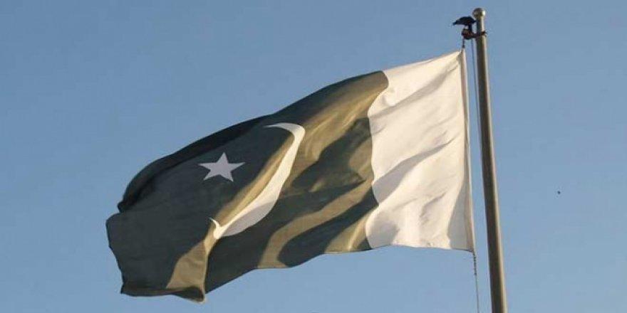 Pakistan Hindistan'dan Büyükelçisini Geri Çekmesini İstedi