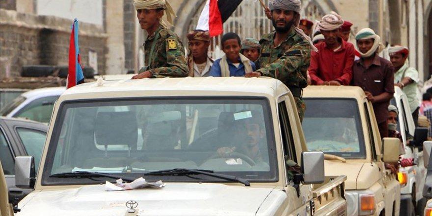 Aden'de Çatışmalar İçişleri Bakanı'nın Evinin Çevresine Kadar Yayıldı