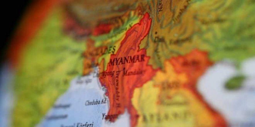 Myanmar'da Toprak Kayması: 20 Ölü