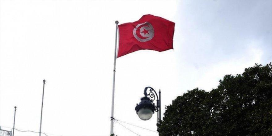 Tunus'ta Cumhurbaşkanlığı Seçimine 98 Kişi Adaylık İçin Başvurdu