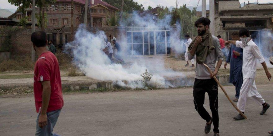 Keşmir'de Hindistan'ın İlhak Kararının Ardından İlk Protestolar