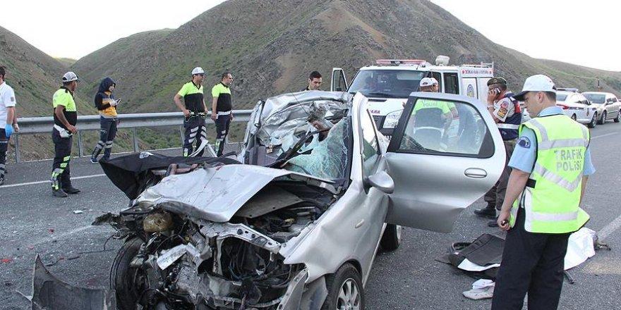 Bayram Tatilindeki Trafik Kazalarında 40 Ölü, 349 Yaralı