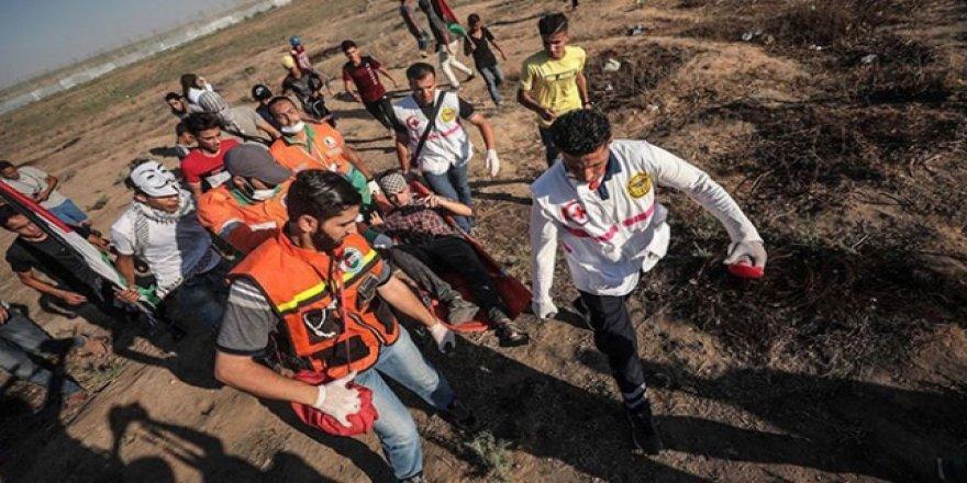 İşgalci İsrail Askerleri Gazze Sınırında 63 Filistinliyi Yaraladı